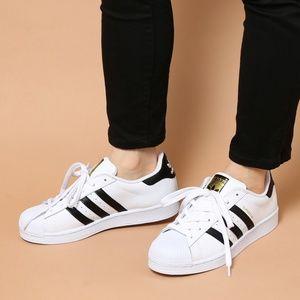 Adidas Women's Original Superstar Shoes